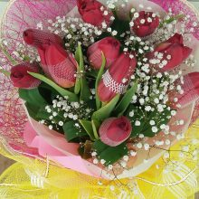 (15-14) 10pcs. Tulips.....Php3,200